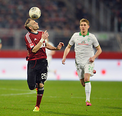 08.03.2014, easyCredit Stadion, Nuernberg, GER, 1. FBL, 1. FC Nuernberg vs SV Werder Bremen, 24. Runde, im Bild Javier Pinola (1 FC Nuernberg / Mitte) nimmt den Ball mit dem Kopf mit Kopfball, Action / Aktion // during the German Bundesliga 24th round match between 1. FC Nuernberg and SV Werder Bremen at the easyCredit Stadion in Nuernberg, Germany on 2014/03/08. EXPA Pictures © 2014, PhotoCredit: EXPA/ Eibner-Pressefoto/ Merz<br /> <br /> *****ATTENTION - OUT of GER*****