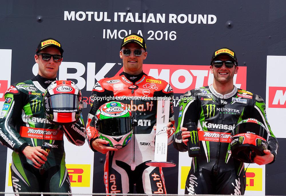 Foto Alessandro La Rocca/LaPresse<br /> 30-04-2016,    05 WorldSBK Motul Italian Round Imola, Autodromo Enzo e Dino Ferrari- 2016<br /> Sport-Motociclismo-WSBK <br />   05 WorldSBK Motul Italian Round Imola, Autodromo Enzo e Dino Ferrari- 2016<br /> nella foto:podio Gara 1 - 1&deg;cl C.Davies-2&deg;cl.J.Rea-3&deg;cl T.Sykes<br /> <br /> Photo Alessandro La Rocca/ LaPresse<br /> 2016 30 April,    05 WorldSBK Motul Italian Round Imola, Autodromo Enzo e Dino Ferrari- 2016<br /> Sport- WSBK<br />    05 WorldSBK Motul Italian Round Imola, Autodromo Enzo e Dino Ferrari- 2016<br /> in the photo:podio Gara 1 - 1&deg;cl C.Davies-2&deg;cl.J.Rea-3&deg;cl T.Sykes