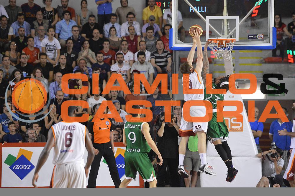 DESCRIZIONE : Roma Lega A 2012-2013 Acea Roma Montepaschi Siena  playoff finale gara 2<br /> GIOCATORE : Aleksander Czyz Daniel Hackett<br /> CATEGORIA : Controcampo Tiro<br /> SQUADRA : Acea Roma Montepaschi Siena<br /> EVENTO : Campionato Lega A 2012-2013 playoff finale gara 2<br /> GARA : Acea Roma Montepaschi Siena <br /> DATA : 13/06/2013<br /> SPORT : Pallacanestro <br /> AUTORE : Agenzia Ciamillo-Castoria/GiulioCiamillo<br /> Galleria : Lega Basket A 2012-2013  <br /> Fotonotizia : Roma Lega A 2012-2013 Acea Roma Montepaschi Siena  playoff finale gara 2