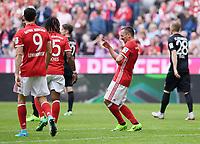 Fussball  1. Bundesliga  Saison 2016/2017  26. Spieltag  FC Bayern Muenchen - FC Augsburg    01.04.2017 JUBEL FC Bayern Muenchen; Franck Ribery (re)