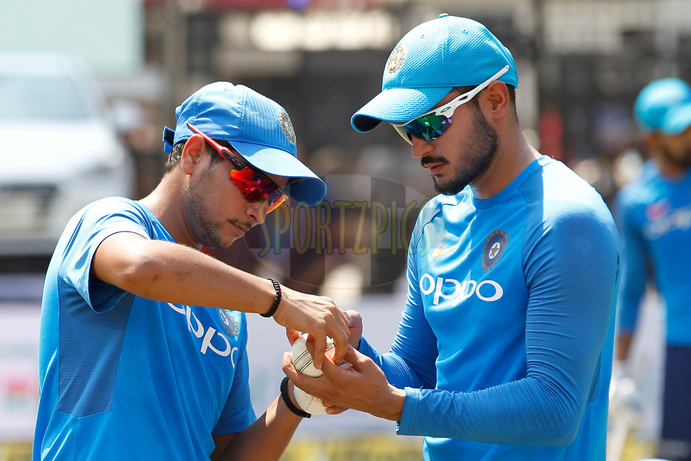 Kuldeep Yadav of India talks with Manish Pandey of India during the 3rd One Day International between India and Australia held at the Holkar Stadium in Indore on the 24th  September 2017<br /> <br /> Photo by Deepak Malik / BCCI / SPORTZPICS