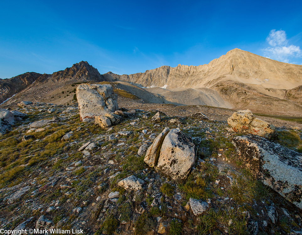 The Kettles and 11,348 foot D.O. Lee peak, White Cloud Wilderness.