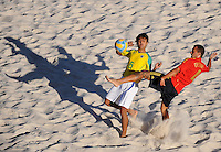 FIFA BEACH SOCCER WORLD CUP 2008 BRAZIL - SPAIN   18.07.2008 BRUNO (BRA, left) against Cristian TORRES (ESP).
