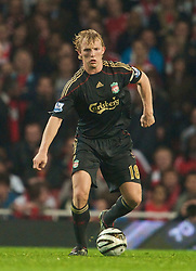 LONDON, ENGLAND - Wednesday, October 28, 2009: Liverpool's Dirk Kuyt during the League Cup 4th Round defeat by Arsenal at Emirates Stadium. (Photo by David Rawcliffe/Propaganda)