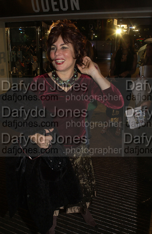 Ruby wax. World premiere of Harry Potter and the Goblet of Fire. Odeon Leicester Sq and afterwards at then Natural History Museum. London. 6 November 2005.  2005. ONE TIME USE ONLY - DO NOT ARCHIVE © Copyright Photograph by Dafydd Jones 66 Stockwell Park Rd. London SW9 0DA Tel 020 7733 0108 www.dafjones.com
