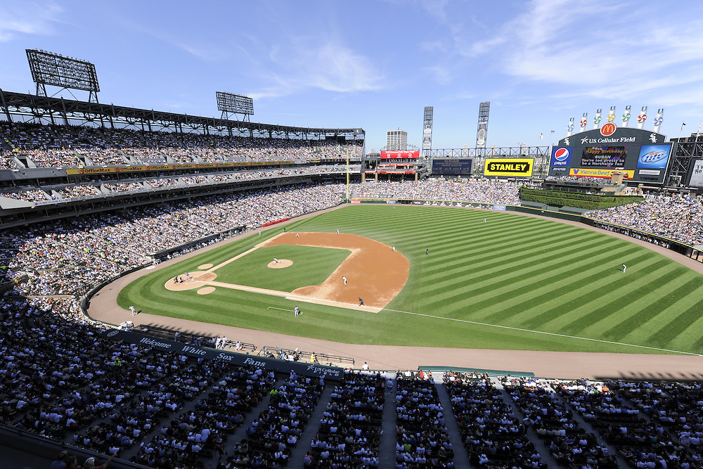 CHICAGO - JUNE 26:  A general view of U.S. Cellular FIeld as 39, 015 fans watch the game between the Chicago Cubs and Chicago White Sox on June 26, 2009 at U.S. Cellular Field in Chicago, Illinois.  The Cubs defeated the White Sox 5-4.  (Photo by Ron Vesely)