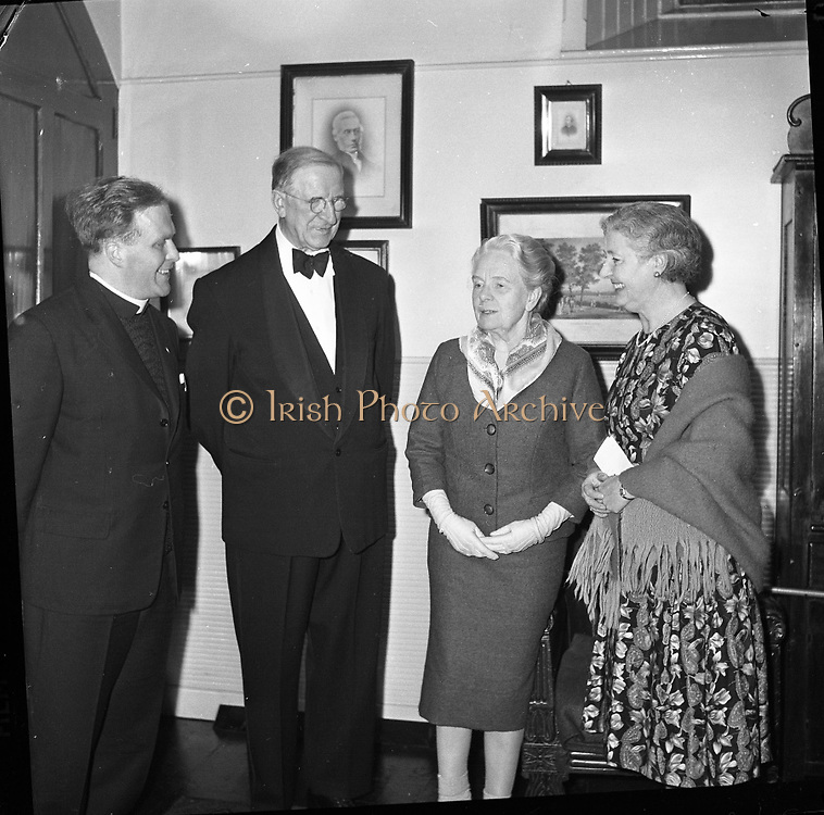 "Gael Linn, Opening night of ""Umor na haimleise""..05.02.1962"