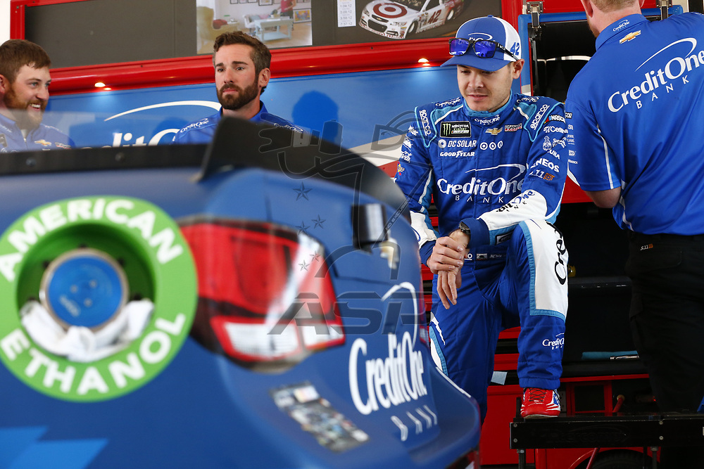 November 18, 2017 - Homestead, Florida, USA: \{persons}\ hangs out n the garage during practice for Ford EcoBoost 400 at Homestead-Miami Speedway in Homestead, Florida.