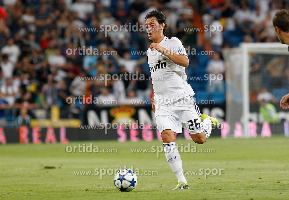 24.08.2010, Estadio Santiago Bernabeu, Madrid, ESP, Trofeo Santiago Bernabeu, Real Madrid vs Rosenborg, im Bild - Penarol 0..Mesut Ozil.. EXPA Pictures © 2010, PhotoCredit: EXPA/ Alterphotos/ Alex Cid-Fuentes +++++ ATTENTION - OUT OF SPAIN / ESP +++++ / SPORTIDA PHOTO AGENCY