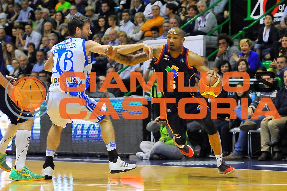 DESCRIZIONE : Campionato 2013/14 Dinamo Banco di Sardegna Sassari - Acea Virtus Roma<br /> GIOCATORE : Phil Goss<br /> CATEGORIA : Palleggio Penetrazione Fallo<br /> SQUADRA : Acea Virtus Roma<br /> EVENTO : LegaBasket Serie A Beko 2013/2014<br /> GARA : Dinamo Banco di Sardegna Sassari - Acea Virtus Roma<br /> DATA : 19/04/2014<br /> SPORT : Pallacanestro <br /> AUTORE : Agenzia Ciamillo-Castoria / Luigi Canu<br /> Galleria : LegaBasket Serie A Beko 2013/2014<br /> Fotonotizia : Campionato 2013/14 Dinamo Banco di Sardegna Sassari - Acea Virtus Roma<br /> Predefinita :