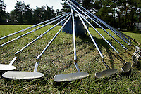 NUNSPEETSE Golf & Country Club Clinic. putters.