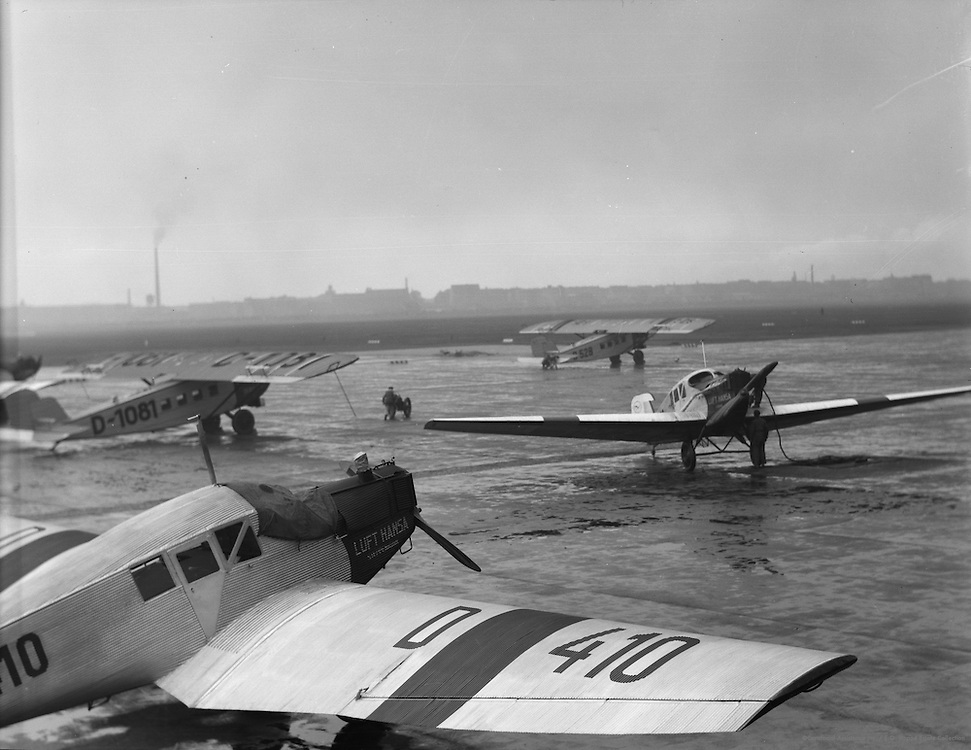 Luft Hansa airplanes and workers at airport, Berlin, 1928