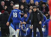 Football - 2017 / 2018 Premier League - Chelsea vs. West Bromwich Albion<br /> <br /> Olivier Giroud of Chelsea making his home debut is congratulated by Chelsea Manager, Antonio Conte as he leaves the field after being substituted at Stamford Bridge.<br /> <br /> COLORSPORT/ANDREW COWIE