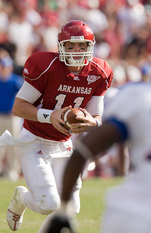 FAYETTEVILLE, AR - NOVEMBER 1:   Casey Dick #11 of the Arkansas Razorbacks runs with the ball against the Tulsa Golden Hurricanes at Donald W. Reynolds Stadium on November 1, 2008 in Fayetteville, Arkansas.  The Razorbacks defeated the Golden Hurricanes 30 to 23.  (Photo by Wesley Hitt/Getty Images) *** Local Caption *** Casey DickUniversity of Arkansas Razorback Men's and Women's athletes action photos during the 2008-2009 season in Fayetteville, Arkansas....©Wesley Hitt.All Rights Reserved.501-258-0920.