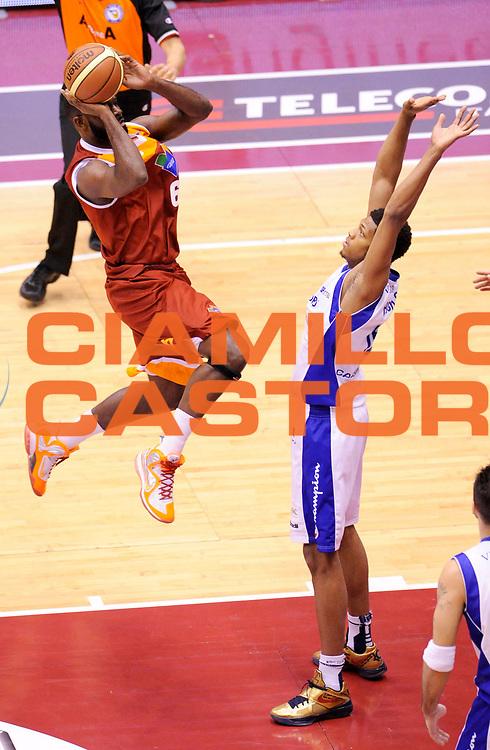 DESCRIZIONE : Milano Coppa Italia Final Eight 2013 Ottavi di Finale Pallacanestro Cantu' Acea Roma<br /> GIOCATORE : Bobby Jones<br /> CATEGORIA : tiro<br /> SQUADRA : Acea Roma<br /> EVENTO : Beko Coppa Italia Final Eight 2013<br /> GARA : Pallacanestro Cantu' Acea Roma<br /> DATA : 07/02/2013<br /> SPORT : Pallacanestro<br /> AUTORE : Agenzia Ciamillo-Castoria/A.Giberti<br /> Galleria : Lega Basket Final Eight Coppa Italia 2013<br /> Fotonotizia : Milano Coppa Italia Final Eight 2013 Ottavi di Finale Pallacanestro Cantu' Acea Roma<br /> Predefinita :