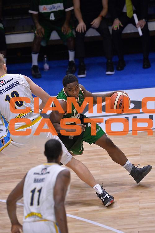 Joe Ragland<br /> Vanoli Cremona - Sidigas Avellino<br /> Lega Basket Serie A 2016/2017<br /> Cremona, 18/12/2016<br /> Foto Ciamillo-Castoria