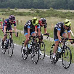 24-06-2017: Wielrennen: NK weg beloften: Montferland    <br /> s-Heerenberg (NED) wielrennen  <br />Op kop Stef Krul (Tjalleberd) en ook in de groep Harthijs de Vries (Kollum) de twee waren goed voor zilver en brons op het NK beloften
