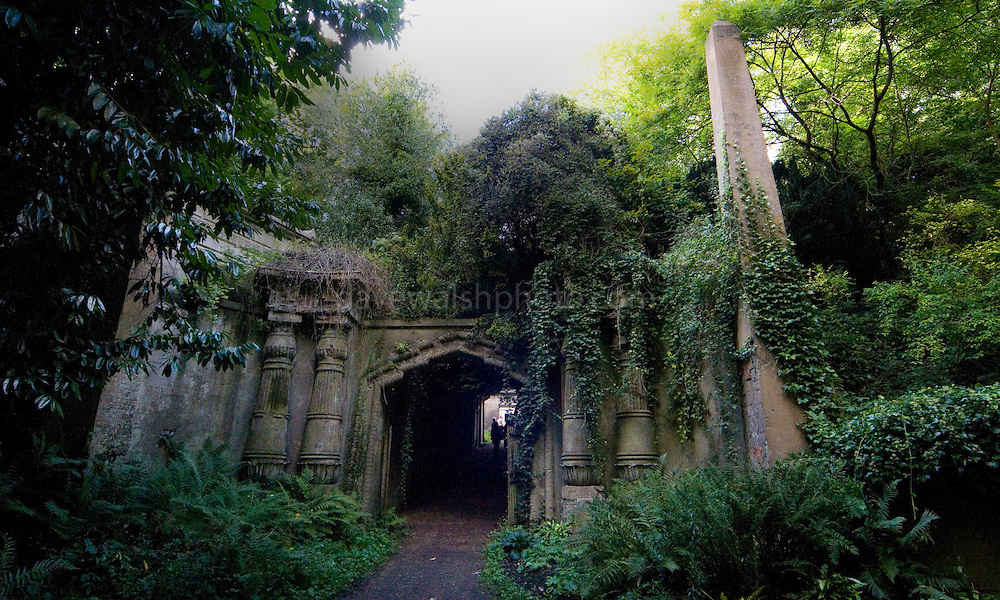Entrace to the Circle of Lebanon, Highgate Cemetery London