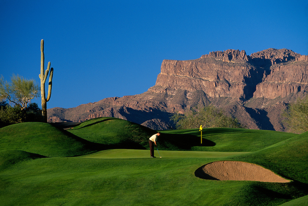 The fourth hole on Dinosaur Mountain, Gold Canyon Golf Resort, Gold Canyon, Arizona