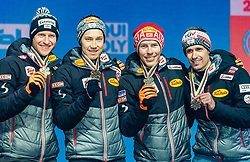 02.03.2019, Seefeld, AUT, FIS Weltmeisterschaften Ski Nordisch, Seefeld 2019, Siegerehrung, im Bild Bronzemedaillengewinner Bernhard Gruber (AUT), Mario Seidl (AUT), Franz-Josef Rehrl (AUT), Lukas Klapfer (AUT) // Bronce medalist Bernhard Gruber Mario Seidl Franz-Josef Rehrl Lukas Klapfer of Austria during the winner Ceremony for the FIS Nordic Ski World Championships 2019. Seefeld, Austria on 2019/03/02. EXPA Pictures © 2019, PhotoCredit: EXPA/ Stefan Adelsberger