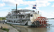 Paddle wheeler, Stern wheeler boat