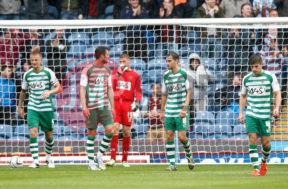 Yeovil players react to going behind-Photo mandatory by-line: Matt Bunn/JMP - Tel: Mobile: 07966 386802 17/08/2013 - SPORT - FOOTBALL - Turf Moor - Burnley -  Burnley V Yeovil Town - Sky Bet Championship