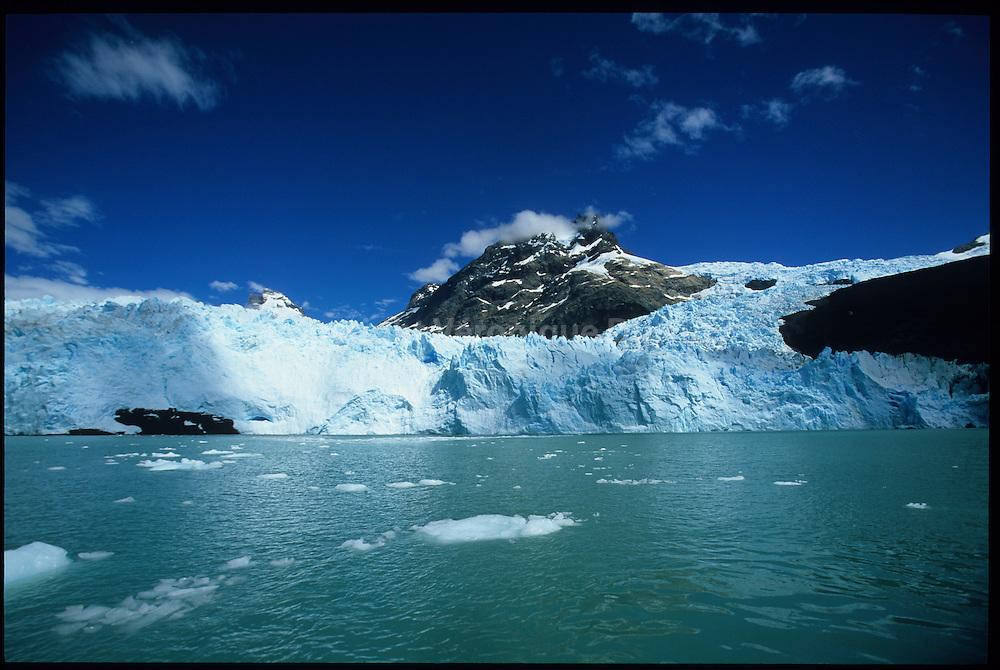 Los Glaciares National Park, Patagonia, Argentine // Parc national des Glaciers, Patagonie, Argentine : Perito Moreno : lago Argentina