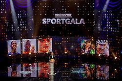21-12-2016 NED: Sportgala NOC * NSF 2016, Amsterdam<br /> In de Amsterdamse RAI vindt het traditionele NOC NSF Sportgala weer plaats / Frank de Boer