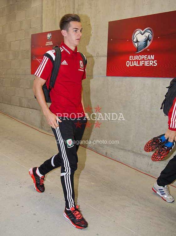 ANDORRA LA VELLA, ANDORRA - Tuesday, September 9, 2014: Wales' Tom Lawrence arrives before the opening UEFA Euro 2016 qualifying match against Andorra at the Camp d'Esports del M.I. Consell General. (Pic by David Rawcliffe/Propaganda)
