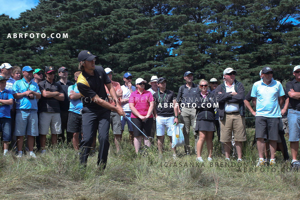 20 November 2011 : Aaron Baddeley plays out of the rough during the fifth-round Sunday Final round single ball matches at the Presidents Cup at the Royal Melbourne Golf Club in Melbourne, Australia. .