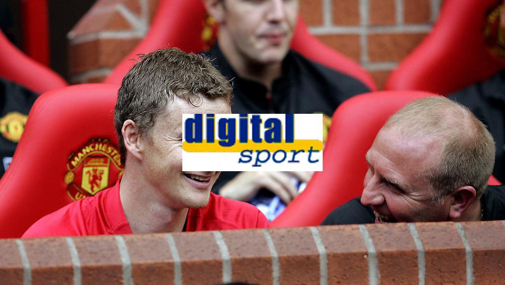 Fotball<br /> Old Trafford<br /> 02.08.08<br /> Manchester United - Espanyol<br /> Ole Gunnar Solskj&aelig;r - Testimonial<br /> Solskj&aelig;r p&aring; benken<br /> Foto - Kasper Wikestad