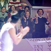 NLD/Baarn/20070314 - 10de Live uitzending RTL Dancing on Ice 2007, Winston Gerstanowitz en partner Renate Verbaan op de tribune