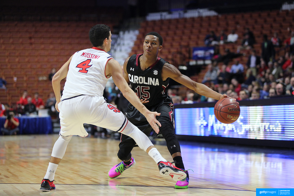PJ Dozier, South Carolina, in action during the St. John's vs South Carolina Men's College Basketball game in the Hall of Fame Shootout Tournament at Mohegan Sun Arena, Uncasville, Connecticut, USA. 22nd December 2015. Photo Tim Clayton