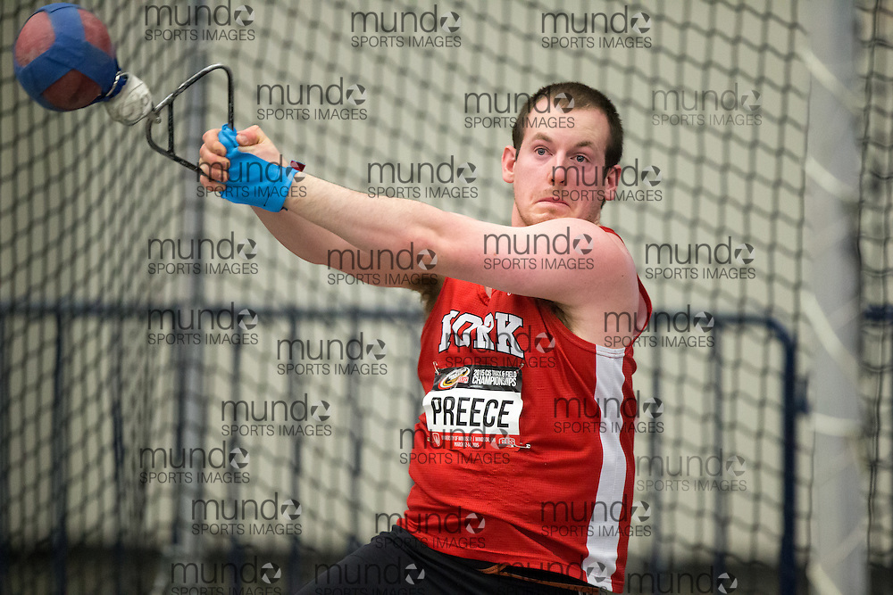 Windsor, Ontario ---2015-03-13--- Alexandre Gagn&eacute; of Sherbrooke competes in the weight throw at the 2015 CIS Track and Field Championships in Windsor, Ontario, March 13, 2015.<br /> GEOFF ROBINS/ Mundo Sport Images
