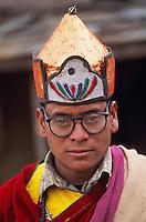 Nepal, region de Nuwakot, village de Yarsa, Ethnie Tamang, Lama, moine bouddhiste. // Nepal, Nuwakot region, Yarsa village, Tamang ethnic group, lama -Bouddhist monk.