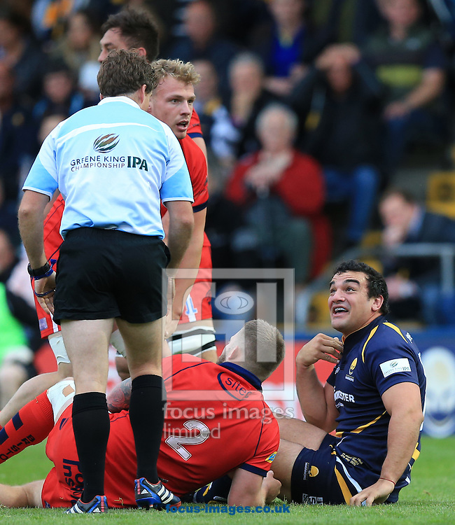 Agustin Creevy of Worcester Warriors says who me to JP Doyle during the second leg of the Greene King IPA Championship Final at Sixways Stadium, Worcester<br /> Picture by Michael Whitefoot/Focus Images Ltd 07969 898192<br /> 27/05/2015
