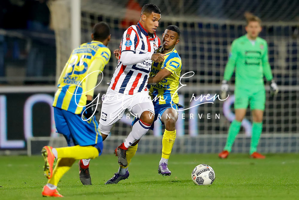 (L-R) *Darryl Lachman* of Willem II, *Gigli Ndefe* of RKC Waalwijk