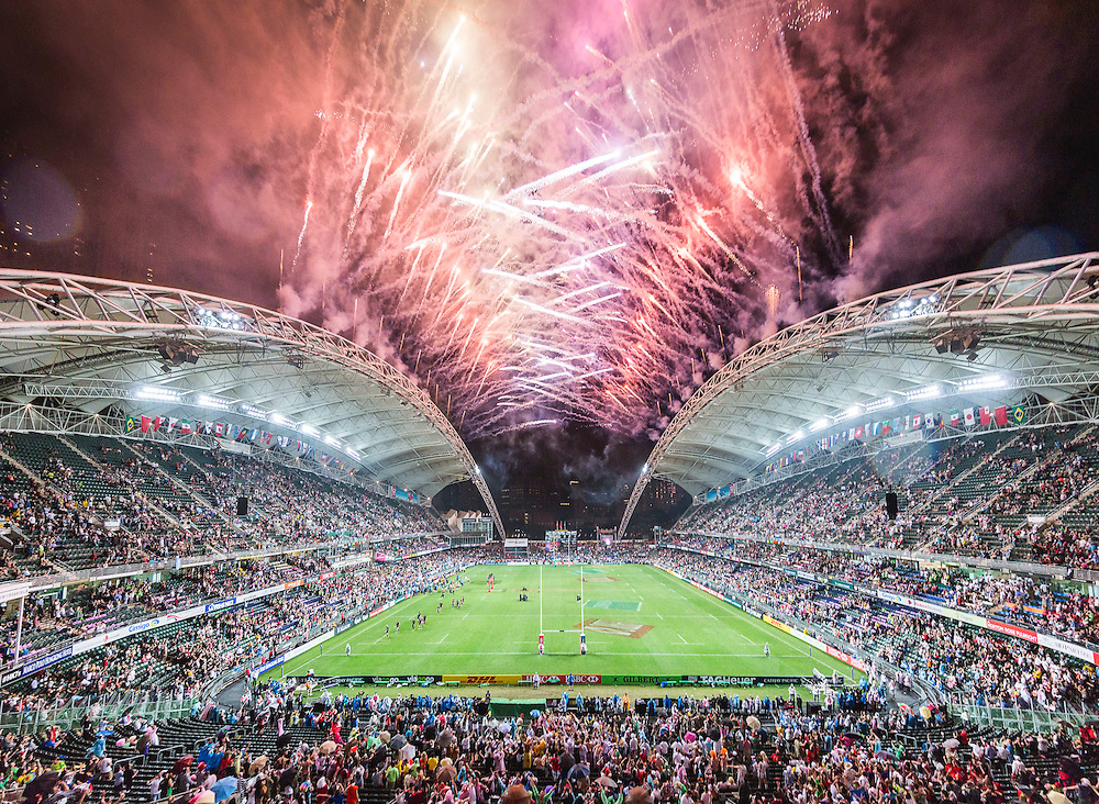 New Zealand vs Fiji during their HSBC Wold Rugby Sevens Series Cup Final match as part of the Cathay Pacific / HSBC Hong Kong Sevens at the Hong Kong Stadium on 10 April 2016 in Hong Kong, China. Photo by Mike Pickles / Future Project Group