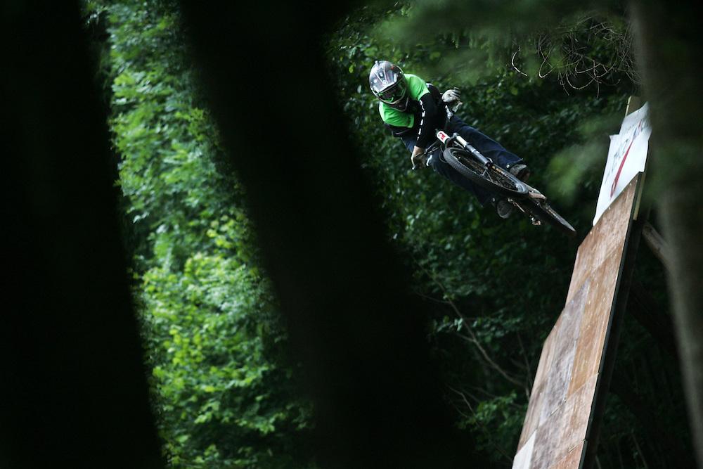 Rider: Kyle Ebbett.Location: Ports du Soleil (Switzerland)