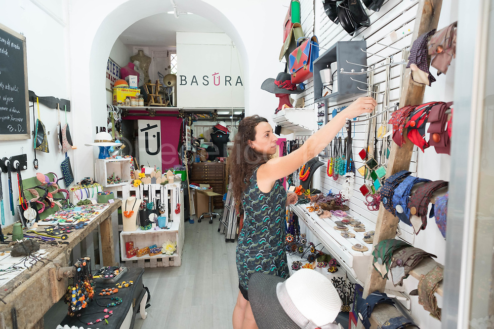 """Valeria Leonardi in his Basura shop, part of the Alab project, coming from Friuli Venezia Giulia, took a """"pause of reflection"""" to Sicily and found artisan, now works  recycling stuff"""