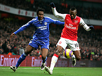 Photo: Tom Dulat/Sportsbeat Images.<br /> <br /> Arsenal v Chelsea. The FA Barclays Premiership. 16/12/2007.<br /> <br /> William Gallas of Arsenal and Jon Obi MIkel of Chelsea with the ball.