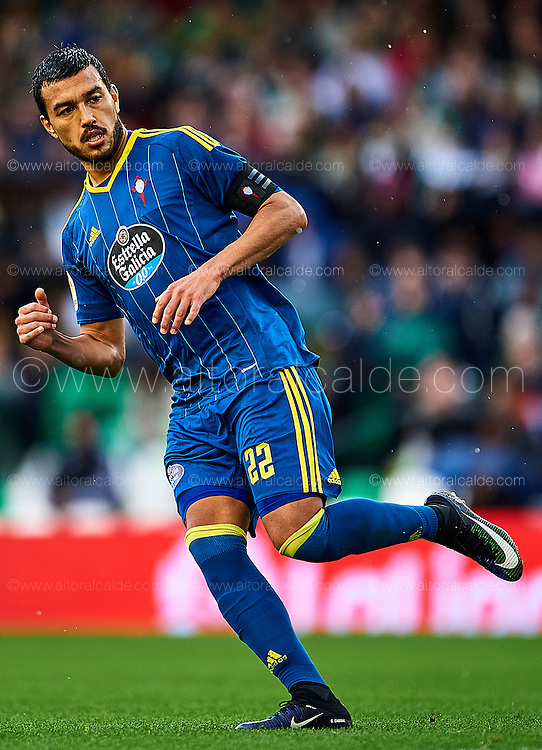 SEVILLE, SPAIN - DECEMBER 04:  Gustavo Cabral of RC Celta de Vigo looks on durin La Liga match between Real Betis Balompie an RC Celta de Vigo at Benito Villamarin Stadium on December 4, 2016 in Seville, Spain.  (Photo by Aitor Alcalde Colomer/Getty Images)