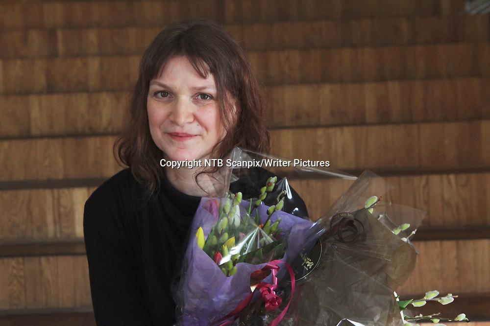 Oslo  20120301.<br /> Merethe Lindstr&macr;m ble torsdag hedret med &Acirc;rets litteraturkritikerpris for boken 'Dager i stillhetens historie&ordf;  torsdag ettermiddag.<br /> Foto: Ole Berg-Rusten / Scanpix<br /> <br /> NTB Scanpix/Writer Pictures<br /> <br /> WORLD RIGHTS, DIRECT SALES ONLY, NO AGENCY