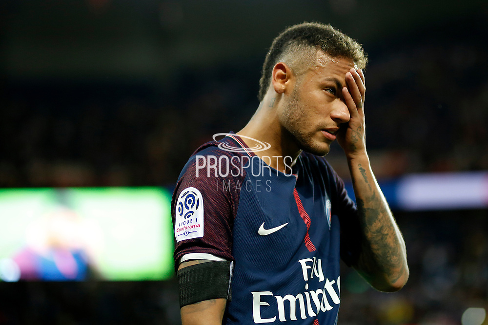 Paris Saint-Germain's Brazilian forward Neymar Jr gestures during the French championship L1 football match between Paris Saint-Germain (PSG) and Toulouse, on August 20, 2017, at the Parc des Princes, in Paris, France - Photo Benjamin Cremel / ProSportsImages / DPPI