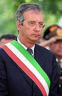 Walter Veltroni Sindaco di Roma  dal 2001 al 13 febbraio 2008.Walter  Veltroni  Mayor of Rome from 2001 to 2008..http://it.wikipedia.org/wiki/Walter_Veltroni.