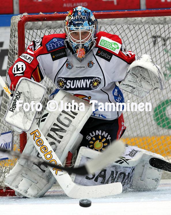 1.2.2011, H?meenlinna..J??kiekon SM-liiga 2010-11. .HPK - Jokerit..Mika J?rvinen - Jokerit.©Juha Tamminen.