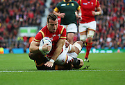 Wales Gareth Davies scoring Wale's first try during the Rugby World Cup Quarter Final match between South Africa and Wales at Twickenham, Richmond, United Kingdom on 17 October 2015. Photo by Matthew Redman.