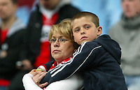 Photo: Chris Ratcliffe.<br /> Middlesbrough v West Ham United. The FA Cup, Semi-Final. 23/04/2006.<br /> Gutted Middlesbrough fans.