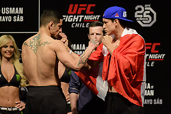 May 18, 2018 - Santiago, Chile - SANTIAGO , SC - 18.05.2018: UFC FIGHT NIGHT CHILE MAIA VS USMAN - Gabriel Benitez vs. Humberto Bandenay During UFC Fight Night Chile Fight - Maia vs. Usman held at Movistar Arena. Santiago, SC. (Credit Image: © Reinaldo Reginato/Fotoarena via ZUMA Press)
