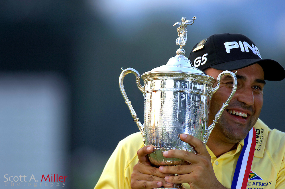 Angel Cabrera celebrates his win at the 2007 U.S. Open at Oakmont Country Club on June 17, 2007 in Oakmont, Pennsylvannia.....©2007 Scott A. Miller